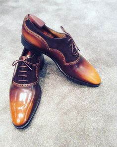 Wilfrid in old wood patina #ilovemycorthay #flyingshoes #corthay #shoeoftheday #shoelovers #mensfashion #menswear #menshoes #france #paris #top #frenchstyle #menstyle #luxury #elegantshoes #mensguide #shoesporn #shoestagram #shoesaddict #shoesmania #harbourcity #handmade#handcraft #art #patina #hkig #pierrecorthay #glacage