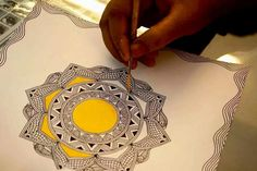 ideas for nature mandalas drawing zentangle Art Painting, India Art, Tribal Art, Madhubani Art, Mandala Design Art, Art N Craft, Fabric Painting, Art, Madhubani Painting
