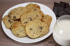Even those of us living a ketogenic lifestyle get the occasional hankering for this classic every once in a while! The trick in making low carb chocolate chip cookies is to minimize all of the high carb ingredients and maximize the flavor with our ingredients. I chose almond flour naturally for this recipe because the …