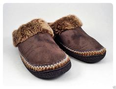 Womens Slippers 8.5 - 9 Isotoners Brown Microfiber Suede Fur #isotoner #Scuffs