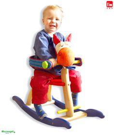 Dondolo in Legno CAVALLO cm 73x29x55 con Protezione per bambini. Primi Passi. Età 11 Mesi. I'm Toy. - Tricicli, Primi Passi, Cavalli a Dondolo - Regali per i BAMBINI I'm Toy sono giochi e giocattoli prodotti in Thailandia, sono Eco Friendly poiche' utilizzano legno di alta qualita' degli alberi della gomma che non sono piu' produttivi e vengono quindi abbattuti. In questo modo si da nuova vita al legno.