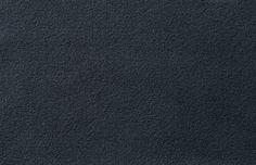 Leder - Velluto grigio-cupo Auf der Innenseite der Eingangstüre - Modern, originell und immer schön anzusehen. Fenster-Schmidinger aus Gramastetten in Oberösterreich - Ihr Ansprechpartner in OÖ für Pieno® Haustüren.   #Leder #Eingangstüren #Haustüren #Doors