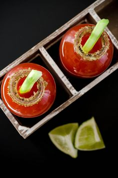 Just in time to celebrate Canada Day. this awesomely spicy very classic Canadian cocktail the 'Bloody Caesar'. Yummy Drinks, Healthy Drinks, Yummy Food, Tasty, Caesar Cocktail, Caesar Drink, Cocktail Recipes, Cocktails, Drink Recipes