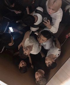 😍😍😍 Can't wait to see wookie version of this selca 💕💕💕 190526 yesung updated in elevator with super junior - Singapore yesung ryeowook yewook superjunior donghae leeteuk eunhyuk shindong Leeteuk, Heechul, Choi Siwon, Lee Donghae, Kpop, Show Me Your Love, Donghae Super Junior, Fanart, My Superman
