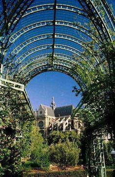 Hôtel de Ville district, Halles Garden, Paris IV