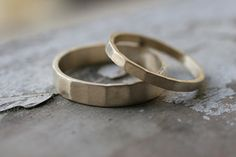 Hammered 14k Gold Matching Wedding Bands by CommitMe on Etsy, $480.00