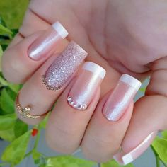 Stiletto Nails, Gel Nails, Acrylic Nails, Nail Deco, Chameleon Nails, Manicure E Pedicure, Types Of Nails, Glitter Nail Art, Powder Nails