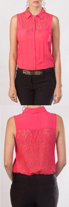 En KAMI tenemos esta semana para tí, esta blusa coral tipo camisa, sin mangas, con detalle de encaje en la espalda.: