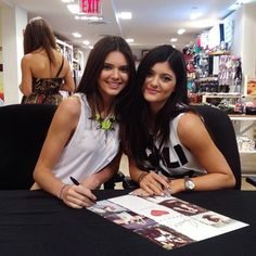 37 best kandk4pacsun images on pinterest kendall and kylie jenner thanks to all the fans who came out to meet finlayson jenner and knapp jenner at our nyc pop up shop today m4hsunfo