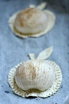 Jabłka w cieście francuskim Garlic, Stuffed Mushrooms, Vegetables, Food, Stuff Mushrooms, Essen, Vegetable Recipes, Meals, Yemek