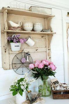 Cute little shelf #shabbychic.