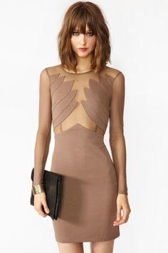 beige mesh dress; bangs with shoulder length hair