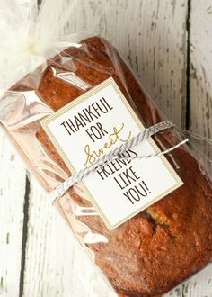 Harris Sisters GirlTalk: Free Thanksgiving Printables - Thanksgiving Gifts - Best Day on Year 2019 Diy Christmas Gifts, Holiday Gifts, Diy Thanksgiving Gifts, Christmas Gifts For Neighbors, Inexpensive Christmas Gifts, Baked Goods For Christmas Gifts, Thanksgiving Parties, Christmas Decorations, Christmas Carol