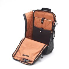 QWSTION backpack organic jet black