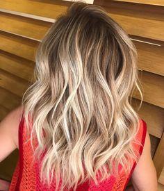"561 curtidas, 9 comentários - VICTOR FREIRE (@victorfreirew) no Instagram: ""#hair #blonde #highlights #loira #loiros #lebeige #corquetransforma #nofilter"""
