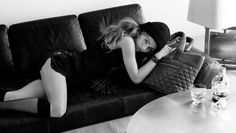 Chanel - Karl Lagerfeld - Vanessa Paradis - 2010SS - ad campaign cocoon handbag -  fashion ads