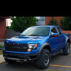 Ford Raptor!!!! Hell's yes!!!