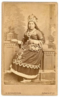 Historic Iroquois and Wabanaki Beadwork: Iroquois bandolier bags Native American Images, Native American Clothing, Native American Beadwork, Native American History, Native American Indians, Iroquois, Aboriginal People, Karen, Indigenous Art