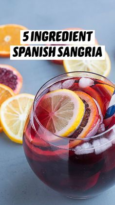 Mixed Drinks Alcohol, Alcohol Drink Recipes, Sangria Recipes, Cocktail Recipes, Wine Mixed Drinks, Mint Recipes, Refreshing Drinks, Summer Drinks, Fun Drinks