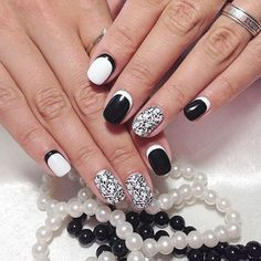 Isn't this a beautiful black and white nail design? How would you rate it? 1-5, 5 being the best!