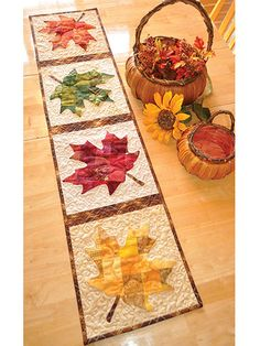 Patchwork Maple Leaf Table Runner Pattern: Say hello to the winds of autumn with this stunning runner. Designed by Jennifer Bosworth of Shabby Fabrics, this design features patchwork - a great way to use up scraps! - and applique. Table Runner And Placemats, Table Runner Pattern, Quilted Table Runners, Fall Table Runner, Thanksgiving Table Runner, Patchwork Table Runner, Kit Patchwork, Patchwork Quilting, Patchwork Designs
