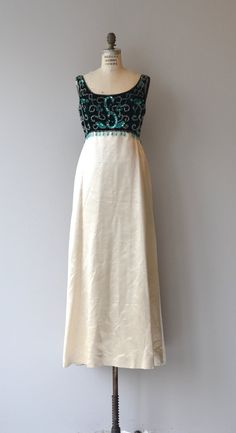 Vintage 1960s Beaded Maxi Dress Vintage Oblečenie e7a8d87ef89