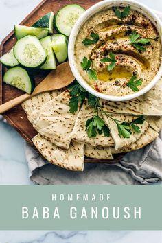 Easy Homemade Baba Ganoush    #babaganoush #babaghanoush #babaghanouj #eggplant #dip #mezze #mediterranean #tahini #healthy Healthy Appetizers, Appetizer Recipes, Dinner Recipes, Breakfast Recipes, Heart Healthy Recipes, Vegan Recipes, Vegan Food, Cooking Recipes, Thyme Recipes