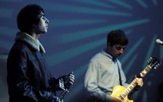 oasis liam gallagher noel gallagher rock music guitar gibson les paul band 90s britpop cool britannia singer songwriter 90s oasis tambourine