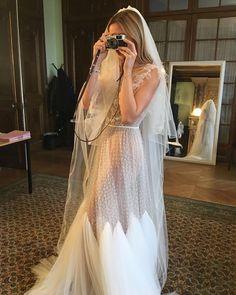 Directly from Paris. our beautiful bride to be. Bohemian Bride, Bohemian Wedding Dresses, Wedding Gowns, W Dresses, Bridal Dresses, Bridesmaid Dresses, Wedding Dress Sleeves, Vestidos Vintage, Wedding Inspiration