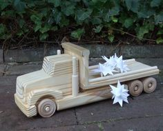 Wooden Toy ( 2 Truck Combo) Flatbed Truck- Box Truck Move About The Town