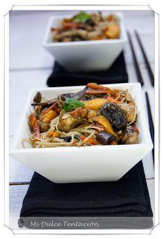 Fideos de arroz con champiñones