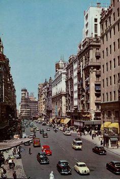 1960-Gran Via-GARCÍA GARRABELLA | Flickr - Photo Sharing!