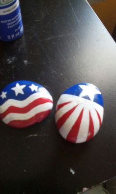 4th of July painted rocks with acrylic matte paint and acrylic gloss sealer.
