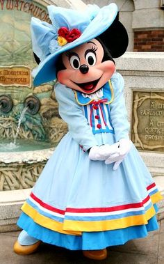Look! Another beautiful Minnie Mouse photo! #disneycharacter #MinnieMouse