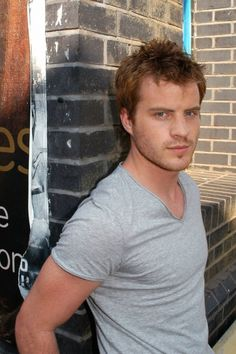 Rob Kazinsky aka Sean Slater Eastenders - Stunt man dungeons and dragon fan x-men comic collector, gotta love this guy.
