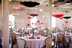 2 Fabolous Umbrella Wedding Decor Ideas (5)
