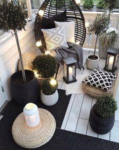 Bedroom Decor For Couples, Diy Bedroom Decor, Diy Home Decor, Bedroom Ideas, Cozy Bedroom, Small Balcony Design, Small Balcony Decor, Balcony Ideas, Balcony Garden