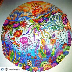"""""""Colorido maravilhoso para inspirar a noite de sexta  Feito por @tvivienna  ______________________________________ #jardimsecreto #florestaencantada…"""""""