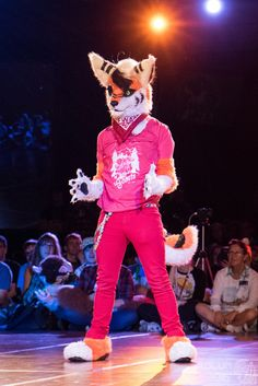 FWA2016-1417 (AoLun08) Tags: costume furry convention anthropomorphic anthro fursuit fwa fursuiter fursuiting furryweekendatlanta furryweekendatlanta2016 fwa2016