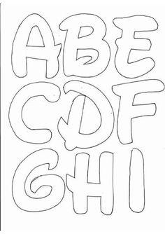 Lots on printable letter fonts! Disney Letters, Alphabet Disney, Printable Alphabet Letters, Alphabet Templates, Letter Fonts, Abc Alphabet, Stencil Lettering, Hand Lettering Alphabet, Lettering Tutorial