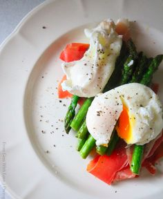 Poached Egg Protein Hit |  @GreatestAthlete #makeithappen #iamgreatestathlete #health #fitness #diet #nutrition #lifestyle #exercise #recipes #food www.greatestathlete.com