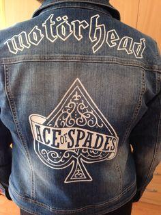 Motörhead - Ace of Spades. Hand painted denim jacket. Women size 38. On sale. #motörhead #denimjacket #custommade #aceofspades #motorhead #motorheadbangers #motörheadbangers