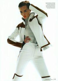 # After-♔LadyLuxury♔ - Freizeitkleidung 2019 Apres Ski Outfits, Mens Ski Wear, Sport Editorial, Snow Fashion, Milanesa, Cold Weather Outfits, Autumn Winter Fashion, Skiing, Hooded Jacket