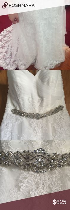 Wedding Dress - Sweetheart lace wedding dress - Already has bustle in place - Corset backing - Ruched bodice - Tool overlay - Originally $1,500    Only worn once for my own wedding in 10/2017 It's too pretty to just keep in a bag in my closet Comes with dress bag No rips or tears  If you have a question just ask :) Dresses Wedding