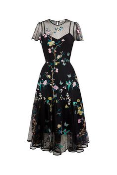 Oasis, V & A Besticktes Netzkleid Multi Black 0 - Mily vestido - kleidung frauen sommer 2019 Boho Outfits, Pretty Outfits, Pretty Dresses, Beautiful Dresses, Cute Outfits, Fashion Outfits, Awesome Dresses, Womens Fashion, Mesh Dress