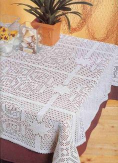 Filet Crochet, Crochet Doilies, Knit Crochet, Picnic Blanket, Outdoor Blanket, Crochet Magazine, Projects To Try, Album, Knitting