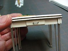 Dollhouse Miniature Furniture - Tutorials | 1 inch minis: How to make a vintage kitchen table