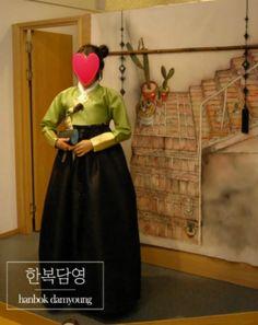 2017년 팬톤 올해의색 그리너리(연두) 한복 #2017 pantone, #color of the year, #greenery, #Korea, #Seoul, #hanbok, #Korean traditional costume, #chungdam, #Korean fashion, #K-drama, #traditional fashion design, #Koreanwedding, #hanbok rent, #SouthKorea, #Korean traditional clothes, #accessories,  #담영한복,#한복담영,#한복디자이너,#한복스냅,#전통한복,#청담동한복,#고급한복,#세련된한복,#모던한복,  #동생결혼식한복,#누나한복,#명절한복,#셀프웨딩, #전통결혼식,#한복촬영, #2017팬톤, #그리너리  http://blog.naver.com/tahity326