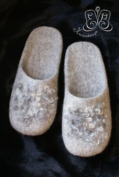 Felted Wool Slippers, Shearling Slippers, Clog Boots, Slipper Boots, Nuno Felting, Needle Felting, Jeans Recycling, Ethical Shoes, Felt Boots