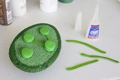 """Using 3D models of the parts of plant and animal cells can help students to understand the cell from a visual perspective. Both the mitochondria, which is known as the """"powerhouse"""" of the cell, and the chloroplast, which is only found in the plant cell, can be represented using a styrofoam ball and different colors of clay. Making these..."""